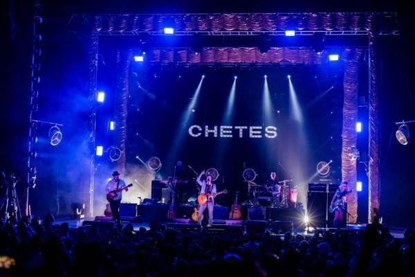 Chetes (15)